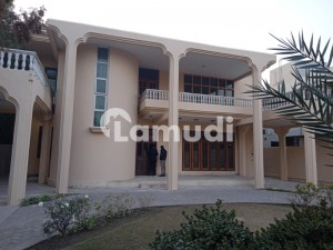 Commercial House For Rent At Zafar Ali Road Upper Mall Lahore