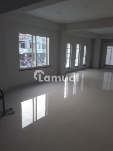 Brand New 7500 Sq Ft Unit For Rent Best For Corporate Sector