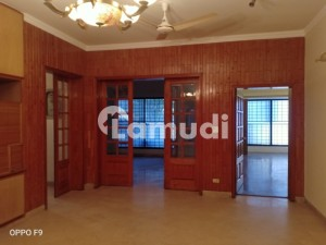 9000  Square Feet House In Cavalry Ground For Rent