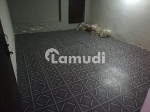 A SPACIOUS SINGLE ROOM WITH BATH ROOM AVAILABLE FOR RENT IN MUSTAFA TOWN
