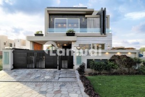 Magnificent Most Beautiful 10 Marla Solid House For Sale