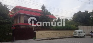 Beautiful Constructed Double Storey 1 Kanal Commercial Building Is Available For Sale In Satellite Town Block A