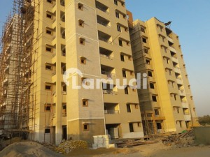 Karsaz - Luxury 5  Bed Rooms Apartment Available For Rent Chance Deal