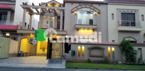 1 bed room large apartment for RENT Bahria Town Lahore Sector C