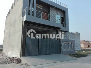 Double Storey House Available For Rent On Ideal Location
