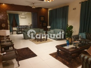 House Is Available For Sale In Cavalry Ground