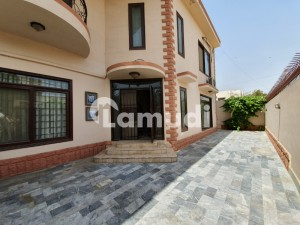 A Prime Location With Excellent Value 300 Sq Yards Duplex For Sale In DHA Phase 6 Karachi