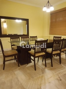Beautiful Fully Furnished 4 Bedrooms Apartment For Rent
