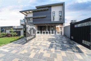 Facing Park 20 Marla Modern  Luxury Bungalow For Sale