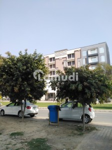 1 Bed  Furnished Flat For Sale At Hot Location Bahria Town Lahore Block BB