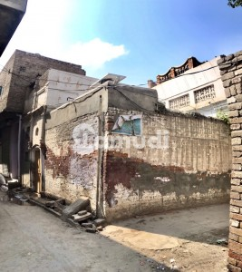 House For Sale With 4 Streets Around In Main Market  Shah Faisal Chowk Alipur