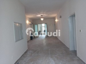 1 Kanal House In Cantt Prime Location