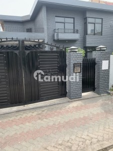 Five Bed Room House For Rent With Five Attached Bath