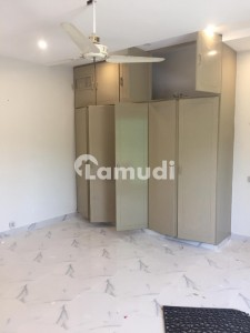 14 Marla Beautiful House For Rent In Gulberg Ideal Location