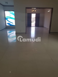 Well Maintained 5 Bedroom 500 Square Yards Bungalow Is Available On Rent At Dha Phase 6