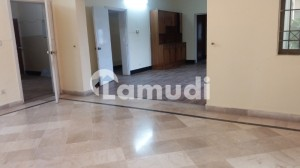 I 8 2 Near Shifa Hospital 40  80 Upper Portion  3 Bed3 Bath Store 80000 Final