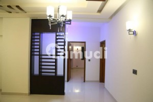 Al Khaleej Towers Karachi 3 Room Apartments Is Available For Rent