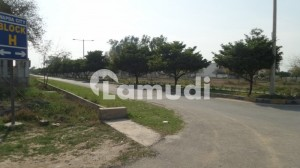 Residential Plot Near To Main Gate Is Available For Sale In Wapda City  Block H Faisalabad