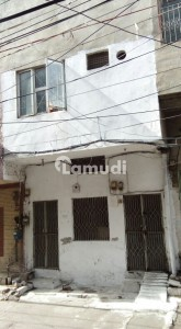3.5 Marla Double Storey House In Center Of City