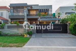 Tasteful 1 Kanal House Is For Sale In Defence Lahore