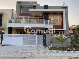 12 Marla Newly Built Beautiful Designed Double Storey House For Sale