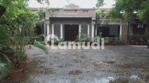 2 Kanal Portion For Rent In Saint Jhones Park Cantt Lahore
