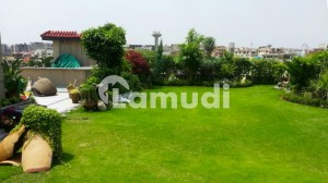 888 Sq Yd Plot Is For Sale In F-8 Islamabad