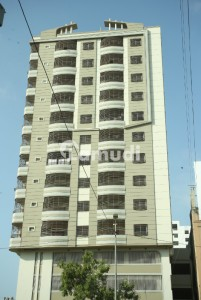 Al Rehman Corner 3 Bed Flat Is Up For Sale On Shaheed Millat Road