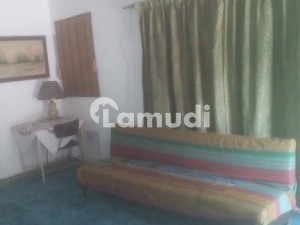 Studio Apartment In Secure Cantt Location