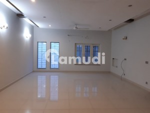 DHA Lahore 1 Kanal Fully Renovate House With 100 Original Pics Available For Rent