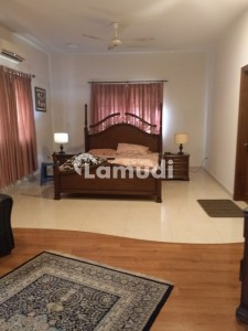 666 Yard Owner Built Bungalow Available For Rent In Phase 6