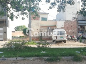 Semi Commercial Plot For Sale On 100 Ft Road
