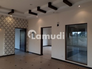 Sui Gas Society 1 Kanal Awesome Upper Portion With Separate Gate For Rent