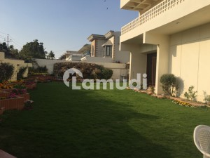 1000 Sqyd Bungalow Available For Rent At Dha Phase 5