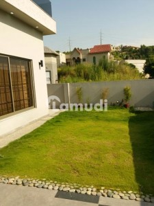 1 Kanal House In Sector E For Sale