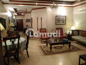 10 Marla House For Sale In Cavalry Ground Lahore