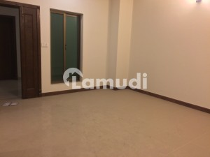 2 Bed Luxury Flat Available For Rent