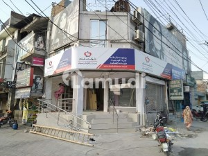 Shop For Rent In Ideal Location In Karim Block