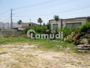 7000 Sq Feet Commercial Plot For Sale In Makan Bagh Near Graccy Ground