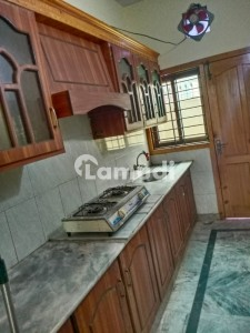 Ground Portion 5 Marla For Rent