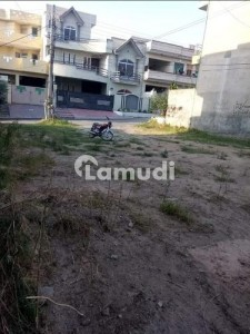 Plot For Sale In PWD Colony