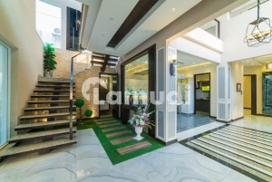 Beautiful Design 1 Kanal House For Sale In Defence Lahore