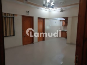 Flat Is Available For Sale In Nadim Residency Block 7 Gulstan EJohar At Main University Road