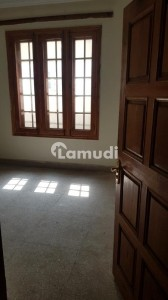 10 Marla Upper Portion For Rent In Hayatabad Phase 4
