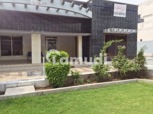 2 Kanal House At Prime Location Commercial