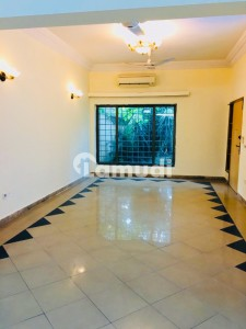 Beautiful House Available For Rent Prime Location F-11