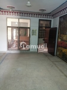 5 Marla Flat 2nd Floor Prime Location For Sale