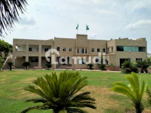10 Kanal Building For Rent In Main Boulevard Garden Town Lahore