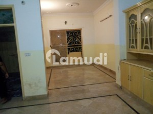 House Is Available For Rent In Sabzazar