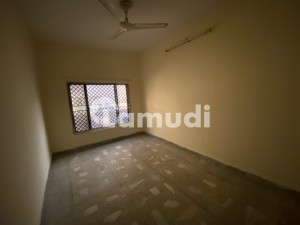 Beautiful Double Storey House For Sale Size 28x70 = 1960 Sqft